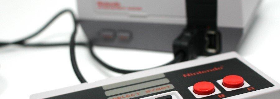 Super Mario Bros. via NES Classic Mini / Famicom Mini