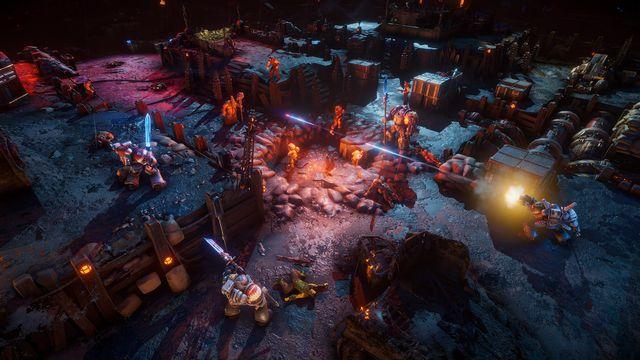 Warhammer 40k: Chaos Gate - Daemonhunter - a series of Grey Knights fight their way through an infested battlefield